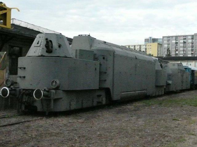 muz-kol-000