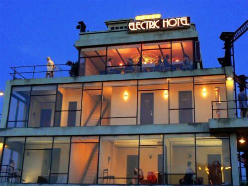 Electric Hotel 2