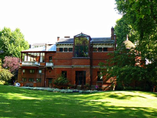 Leighton House Museum od tyłu
