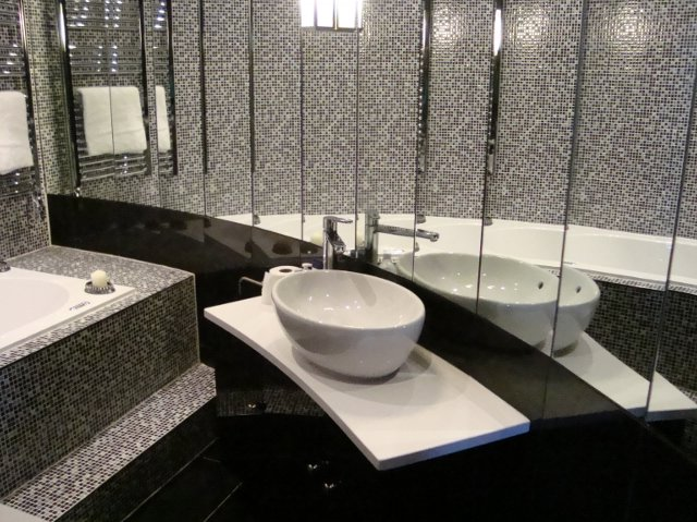 Szara łazienka Mozaika Szklana Opal Szaro Biała Mozaika Www