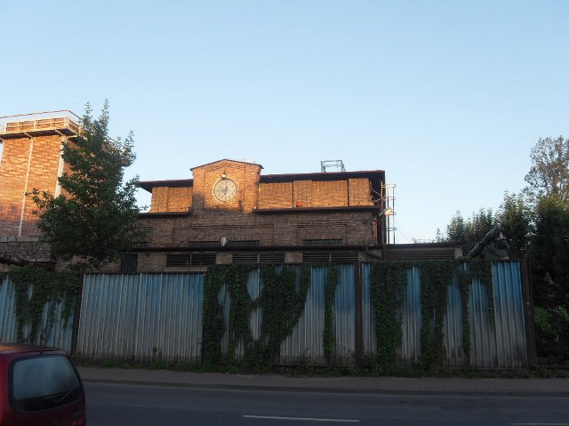 http://fotoforum.gazeta.pl/photo/1/rb/qa/wzpg/LAS802LtOWnQ4BLMwB.jpg