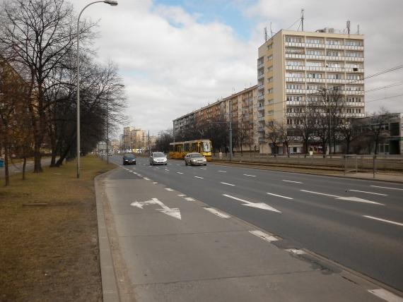 http://fotoforum.gazeta.pl/photo/1/ri/td/f74i/IP1KCfiFE8tkXSSfmX.jpg