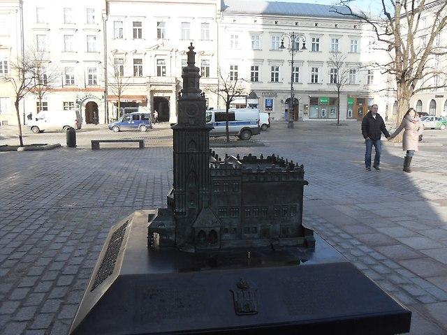http://fotoforum.gazeta.pl/photo/1/wb/qa/5ixj/baprmahdSGUWYoSZ3B.jpg