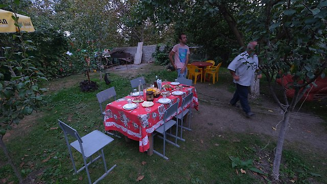 http://fotoforum.gazeta.pl/photo/2/cb/cb/dr06/7brMbPUtYGBThaSTNB.jpg