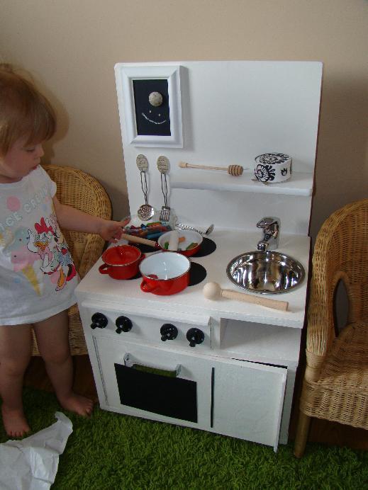 kuchnia handmade dla dziewczynki  kuchenka rcznie robiona  zdjcia na FotoFo  -> Kuchnia Drewniana Dla Dzieci Diy