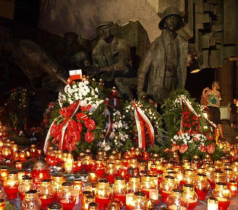 Warszawa - Pomnik Powstania Warszawskiego