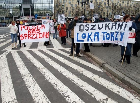 protest lokatorów przed ratuszem