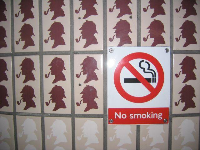 Sherlock_Holmes,_No_Smoking
