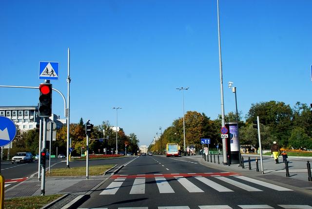 http://fotoforum.gazeta.pl/photo/3/sf/qi/yeyb/VfRNsbKUtFzb8WQNnX.jpg