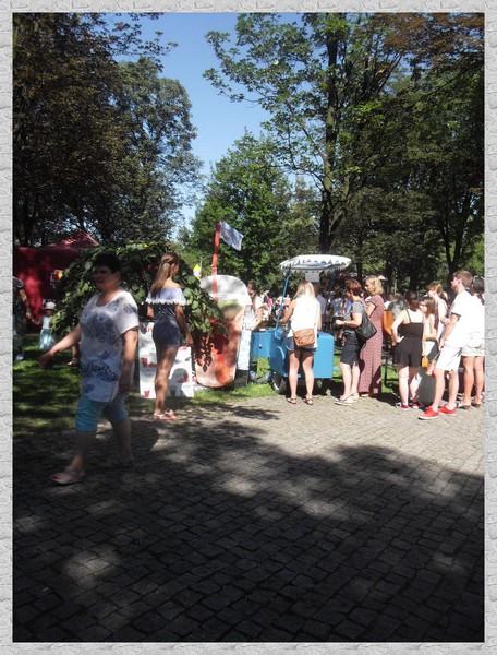http://fotoforum.gazeta.pl/photo/3/wd/qa/jcow/4qbbv9chbdu6pEIHlX.jpg