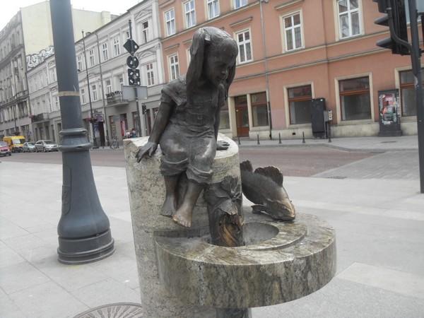 http://fotoforum.gazeta.pl/photo/3/wd/qa/jcow/gQdzaUDEujbjmM1lVX.jpg