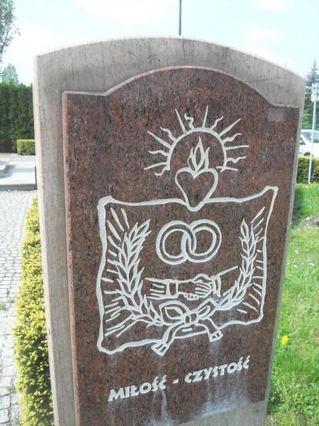 http://fotoforum.gazeta.pl/photo/3/wd/qa/jcow/iu1NfQ7MUVyubSfO0X.jpg