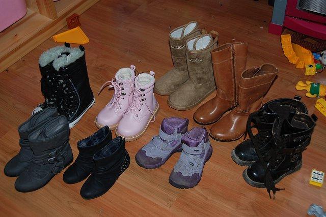b1cc2ee3 ile par butów na zimę? - Zakupy - Forum dyskusyjne | Gazeta.pl