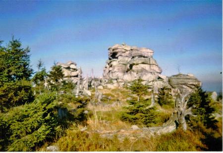 Hutniczty Grzbiet skalne domy.