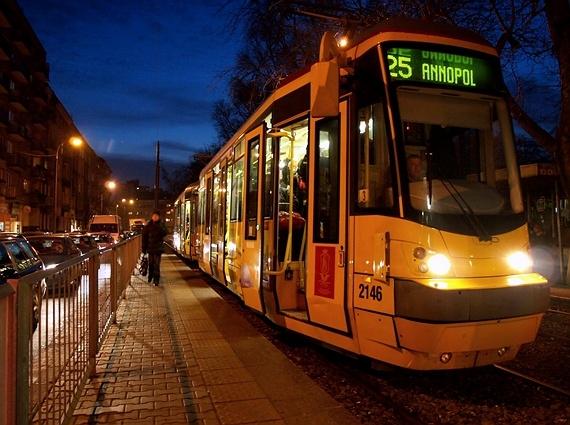 tramwaj - model 123N