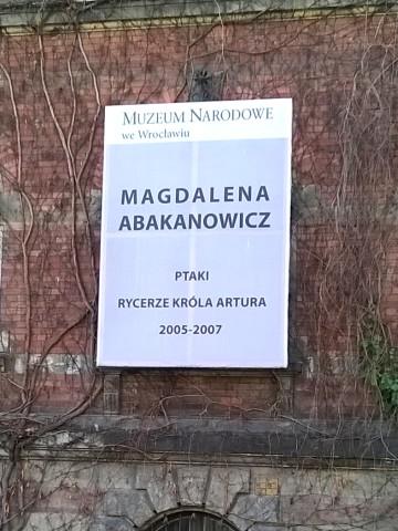 Abakanowicz na bulwarze Dunikowskiego
