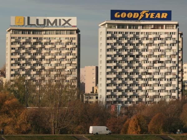 Lumix i Good Year w rannym słońcu