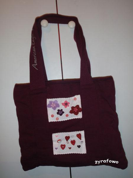 torba z kwiatami