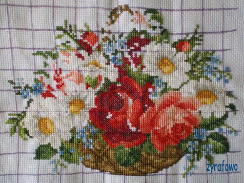 kosz z kwiatami 04