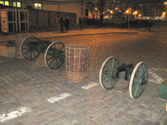 Rekonstrukcja walk Noc Listopadowa 2007 - armaty