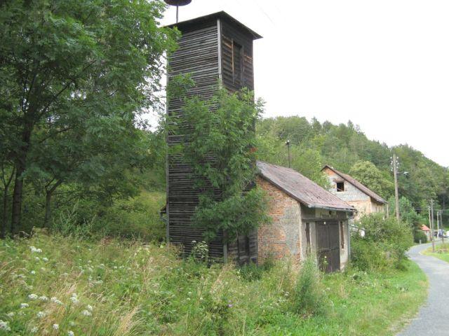 Czachy - Travna - stara remiza