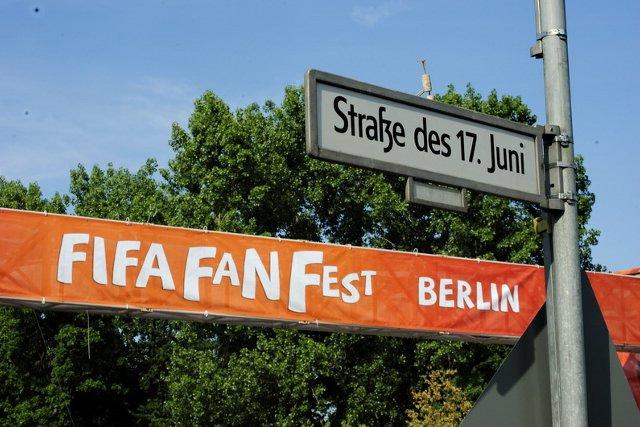 Berlin FIFA fans zone 04