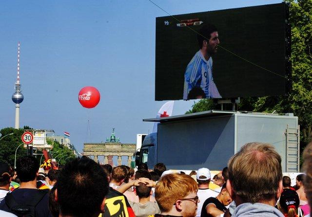 Berlin FIFA fans zone 05
