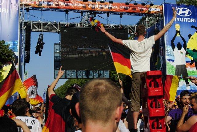 Berlin FIFA fans zone 17