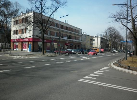 https://fotoforum.gazeta.pl/photo/1/ri/td/f74i/A2aeFrZ4sKy1raMMaX.jpg