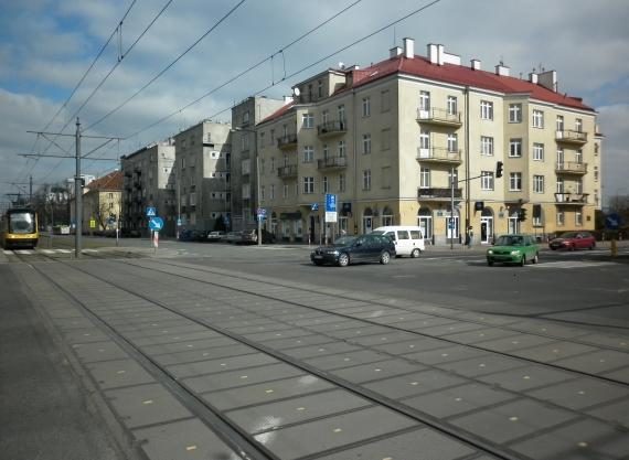 https://fotoforum.gazeta.pl/photo/1/ri/td/f74i/buJJAU1bbEtlHWRPGX.jpg