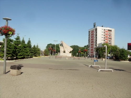 https://fotoforum.gazeta.pl/photo/3/wd/qa/jcow/CbN23HemKNn4RXbCRX.jpg