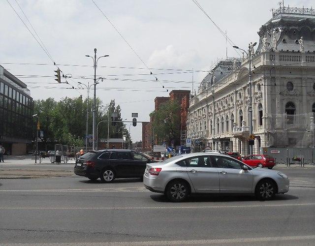 https://fotoforum.gazeta.pl/photo/3/wd/qa/jcow/FVUN6i45cvOZagNFDB.jpg